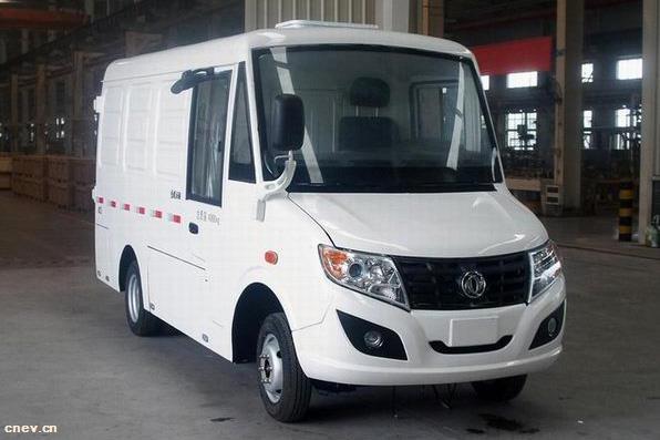 东风纯电动厢式货车