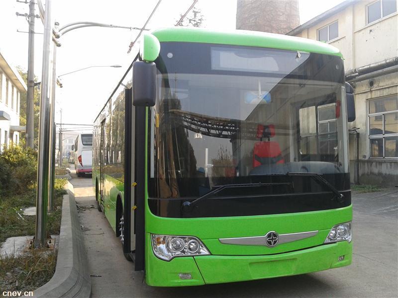 JS6126UC混合动力城市客车